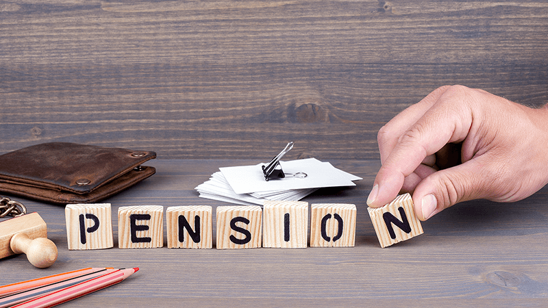 Pension scam 'mastermind' banned